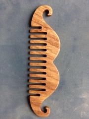 Мужская расческа для волос или бороды